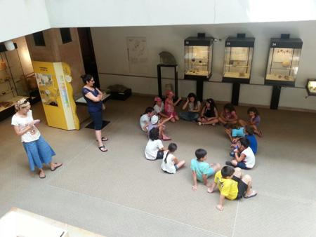 ילדים בפעילות צוק איתן 1
